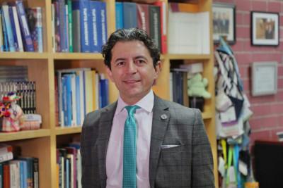 Semblanza del Dr. Simón Barquera, director del CINyS